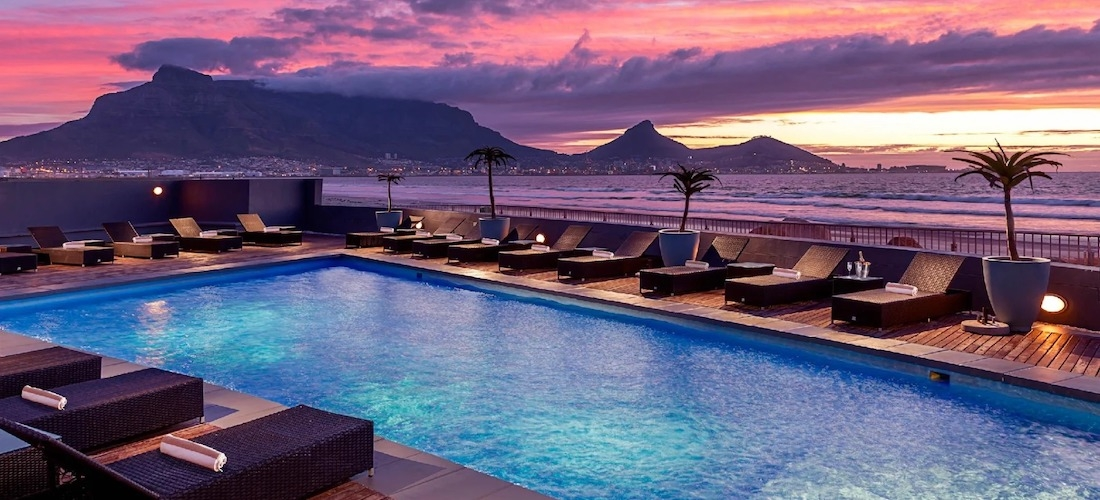 5* Cape Town escape w/breakfast & flights in 2021
